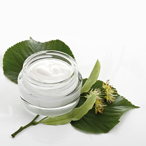Whitening & Moisturizing Cream